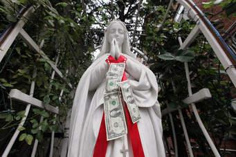 San Gennaro Statue