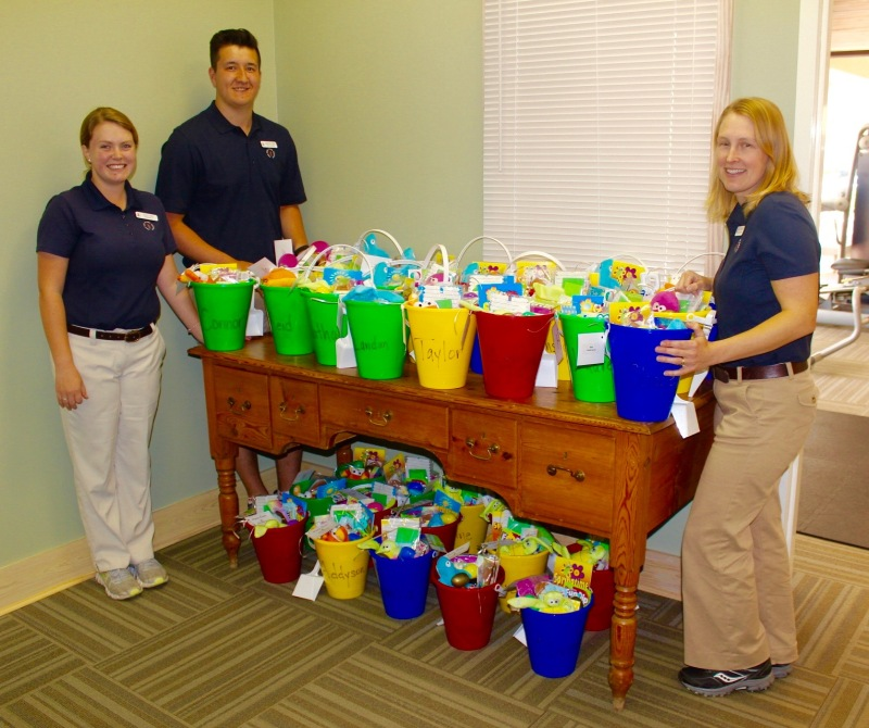 Easter Pail Deliveries in Sea Pines